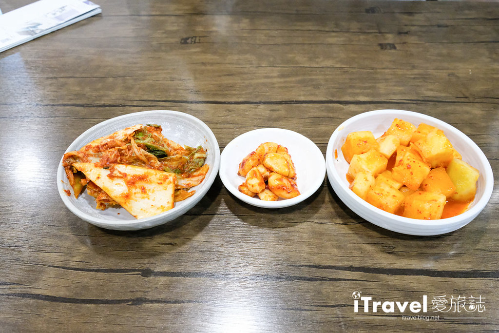 首尔美食餐厅 北村百年土种蔘鸡汤 (17)