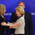 Informal meeting of defence ministers: Handshake