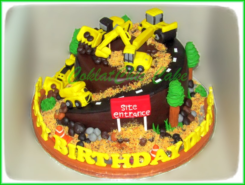 Cake Construction Site DHANU 18 cm