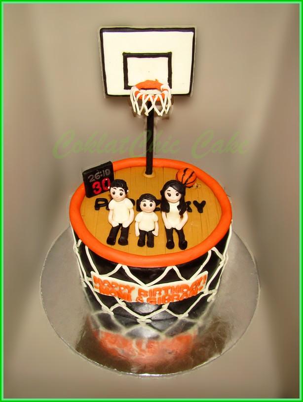 Cake Family BasketBall MAMI & GIBRAN 15 cm
