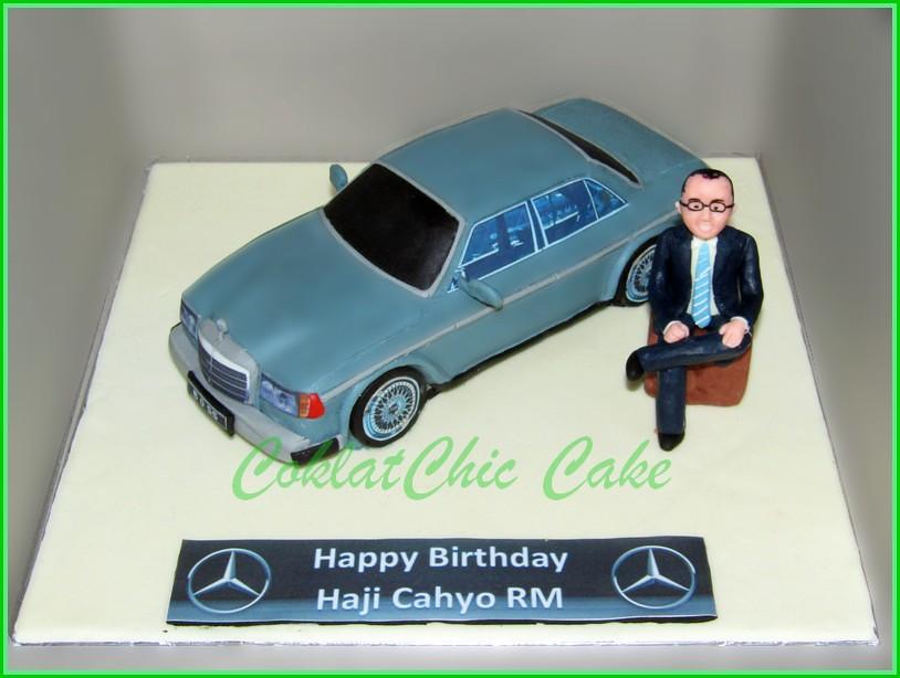 Cake Mobil Mercedes W123 H. CAHYO 24 cm
