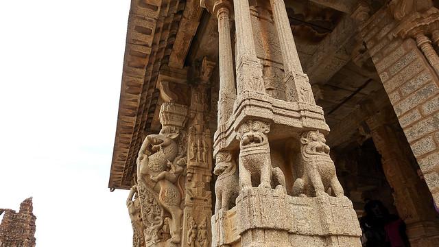 Pillars, Vittala temple
