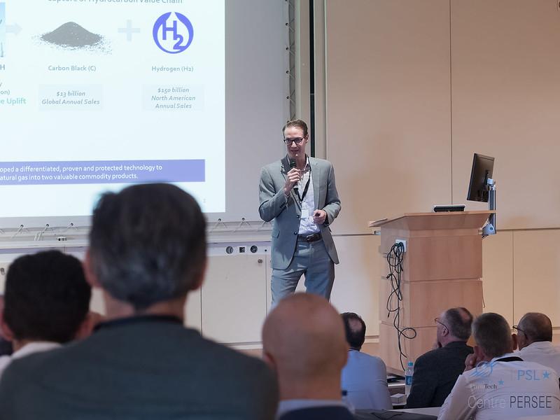 Rob HANSON CEO MONOLITH Materials
