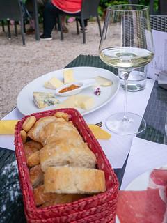 Imbiss im Bistro Weingut Walch