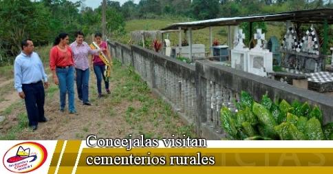 Concejalas visitan cementerios rurales