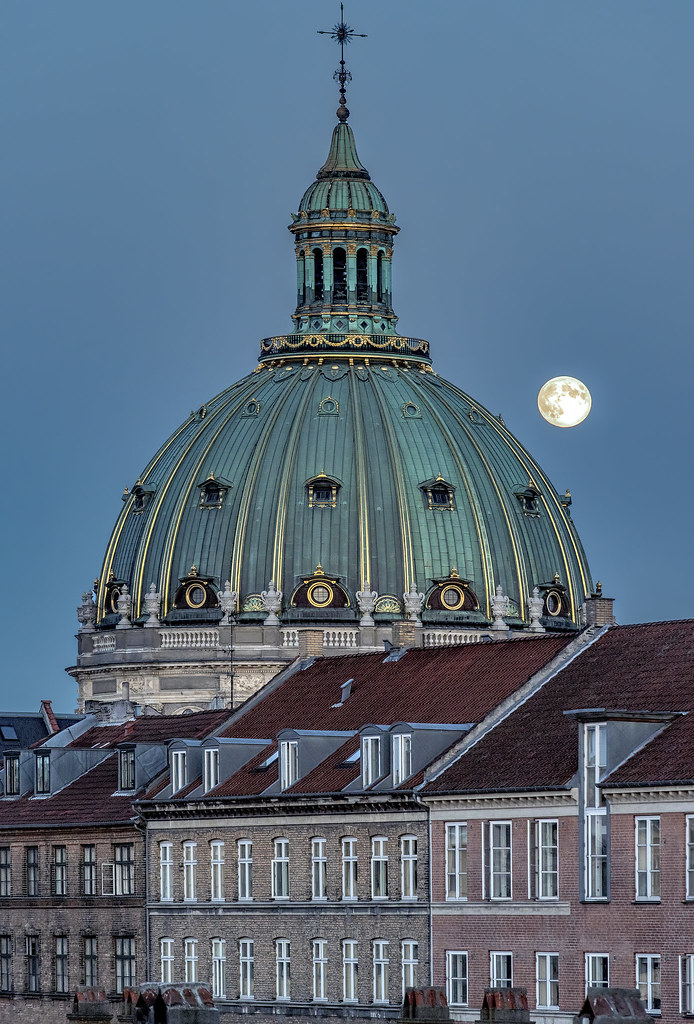 Full moon rise over Copenhagen's Marble Church