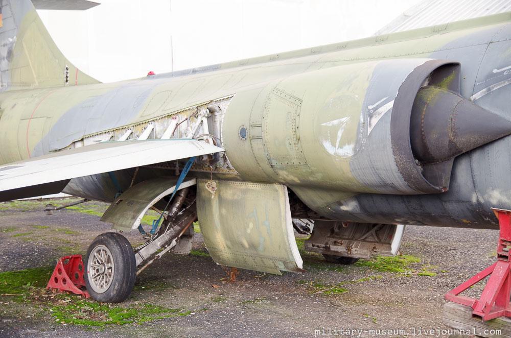 Luftfahrt- und Technikmuseum Merseburg-226