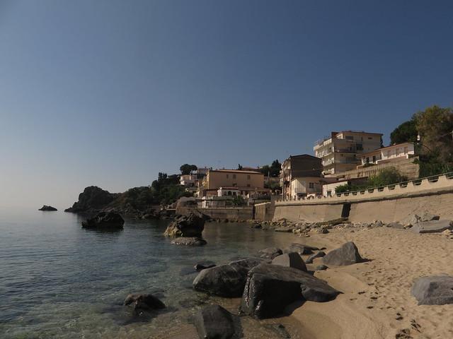 Caminia Beach (4)