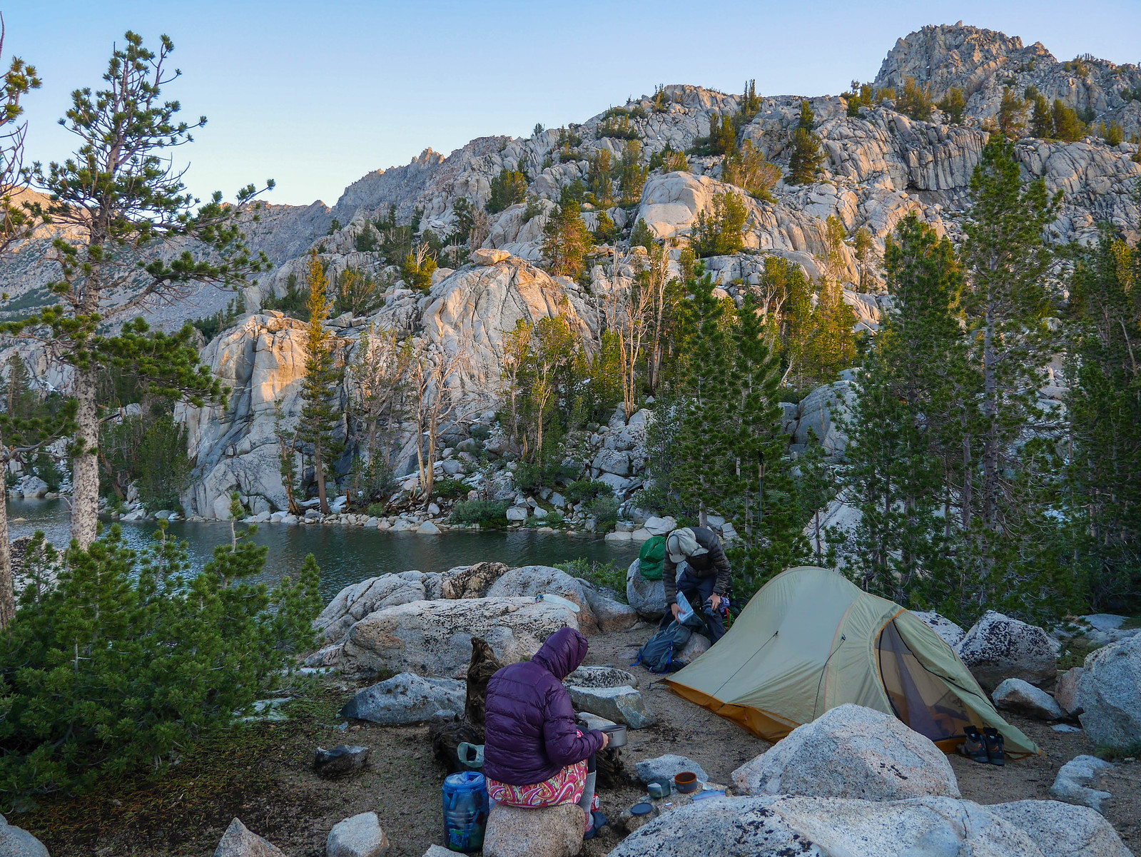 Breakfast at camp at Lower Lamarck Lake