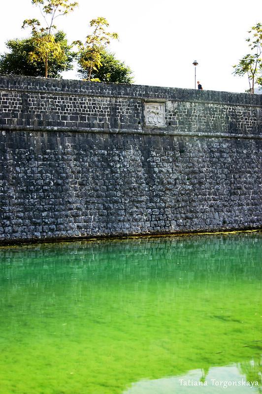 Которская городская стена и река Шкудра