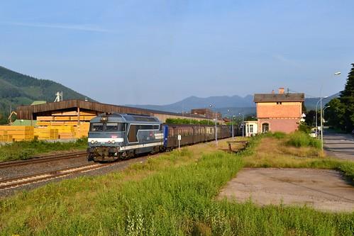 SNCF BB 67512 + RRR 301 + 226 te Urmatt