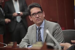 Ministro Juan Guillermo Zuluaga en Comisión Quinta del Senado