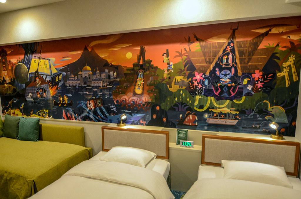 Celebration Hotel room mural