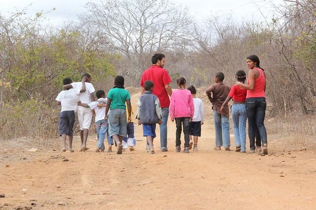 Quilombolas enfrentam barreiras para concluir ensino médio e entrar na universidade - Créditos: Reprodução/Quilombo do Baú