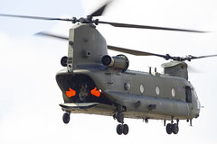 Chinook HC.6a - RAF - 27 Squadron - Waving