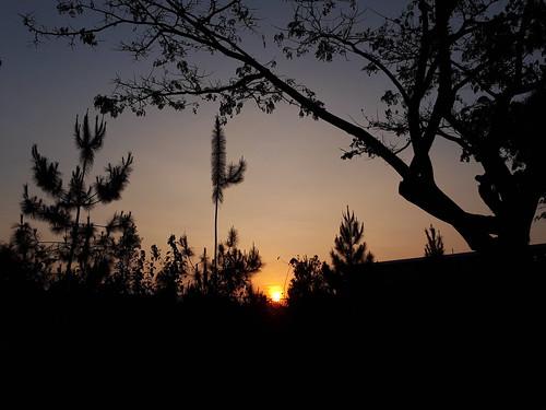 bandung kotabaruparahyangan indonesia sunrise zudzowne patrickbeintema
