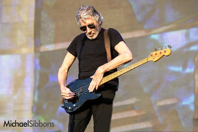 roger-waters_01