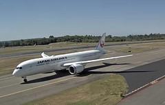 JAL Japan Airlines Boeing 787-9 Dreamliner JA874J first flight Paine E