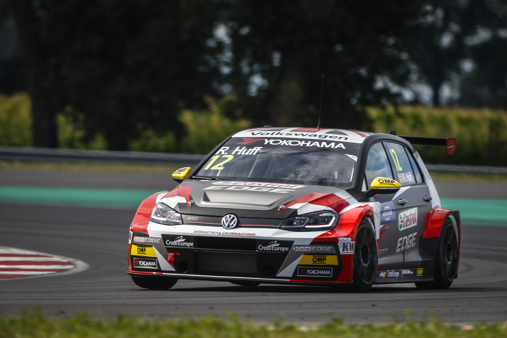 12 HUFF Rob, (gbr), Volkswagen Golf GTI TCR team Sebastien Loeb Racing, action during the 2018 FIA WTCR World Touring Car cup race of Slovakia at Slovakia Ring, from july 13 to 15 - Photo François Flamand / DPPI.