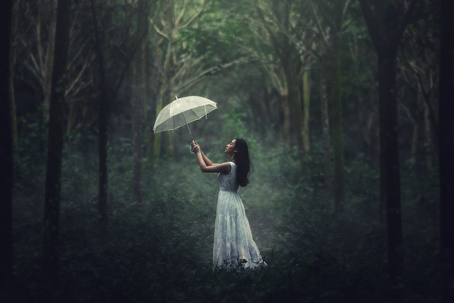 Girl in white dress, Canon EOS 5D MARK III, Canon EF 70-200mm f/2.8 L
