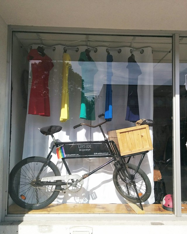 #CycleStyle #toronto #kensingtonmarket #augustaave #upsidecyclestyle #pride #rainbow #window #display