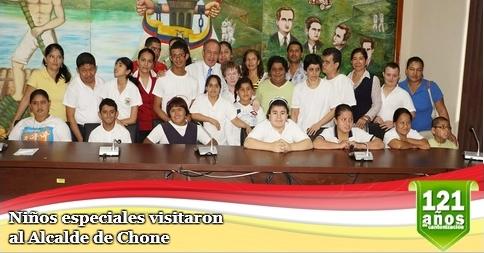 Niños especiales visitaron al Alcalde de Chone