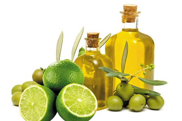 dầu oliu và chanh