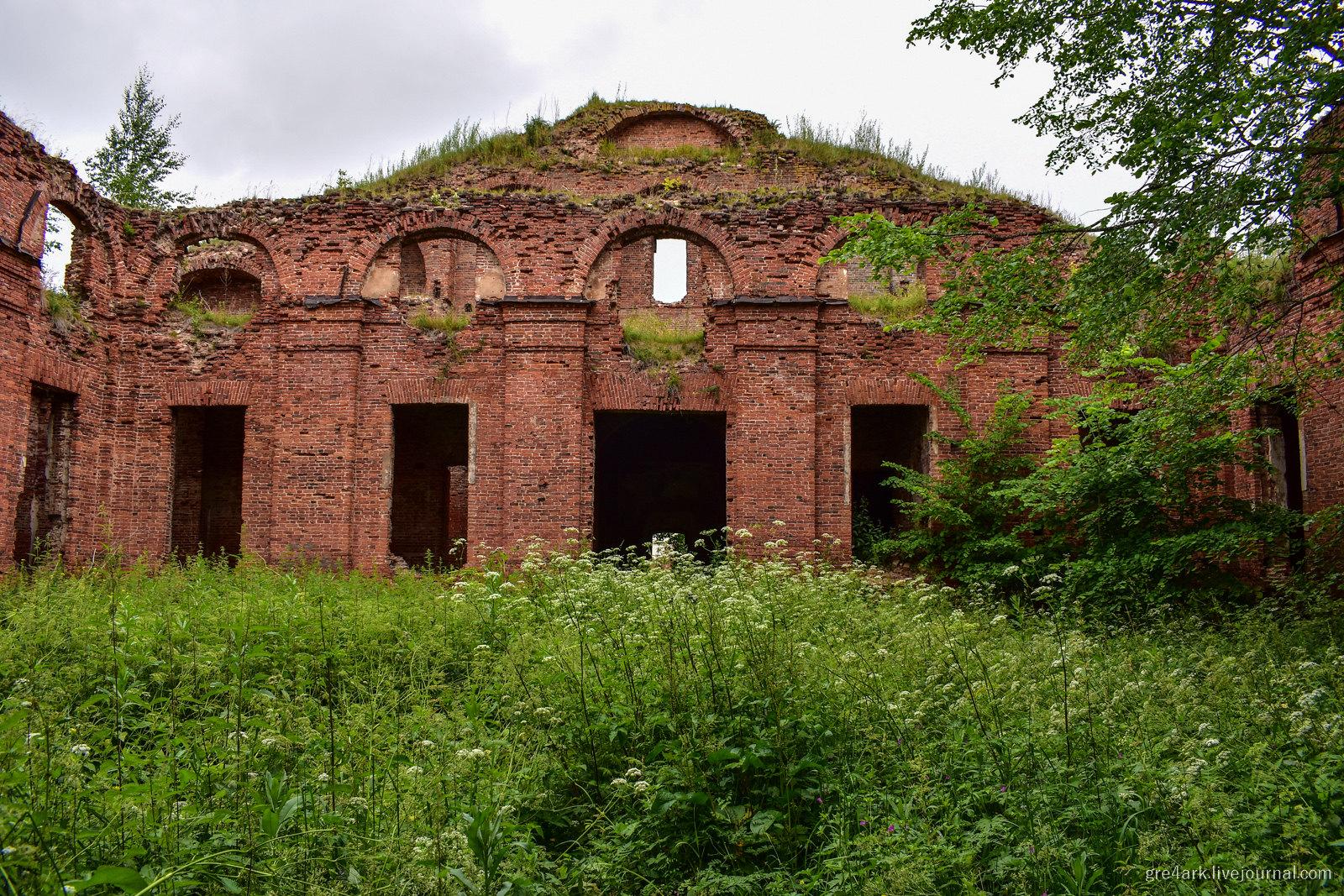 Аракчеевская деревня – остатки мегапроекта 18 века разруха