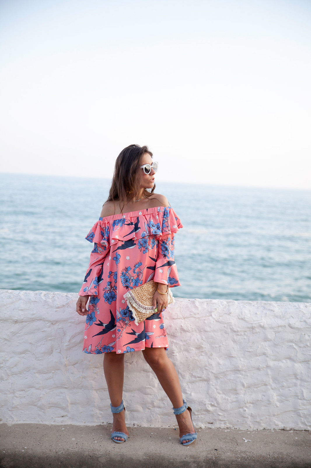 04_vestido_rosa_volantes_off_shoulder_theguestgirl_ruga_portugal_fashion_brand_denim_heels