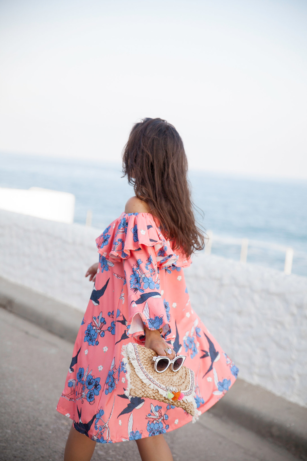 06_vestido_rosa_volantes_off_shoulder_theguestgirl_ruga_portugal_fashion_brand_denim_heels