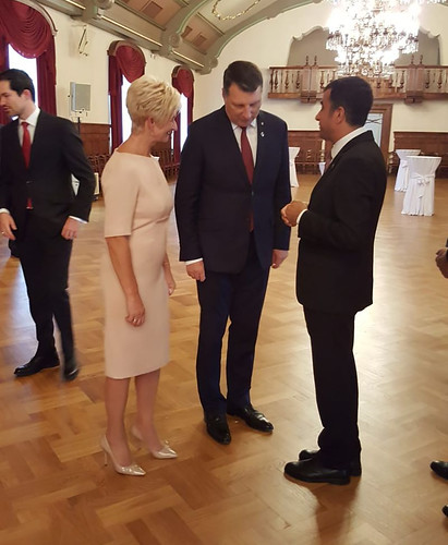 Letonya_Cumhurbaşkanı2