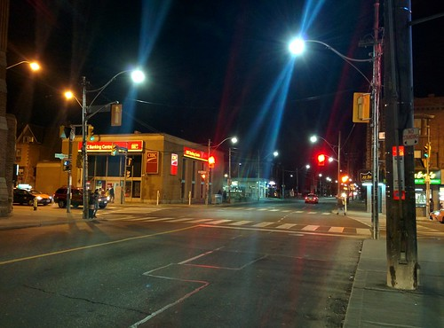 Looking north, Ossington at Bloor #toronto #ossingtonave #harbordstreet #bloorcourt #intersection #night