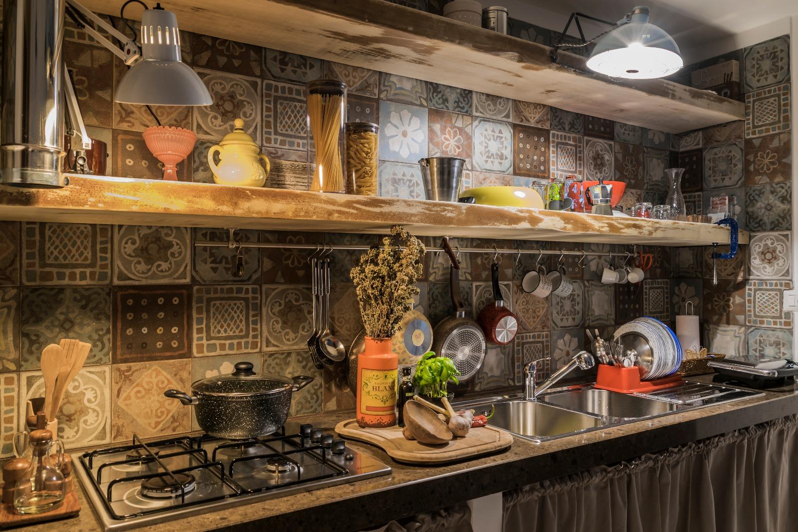 Particolare della cucina a vista Casuzza di Girgenti