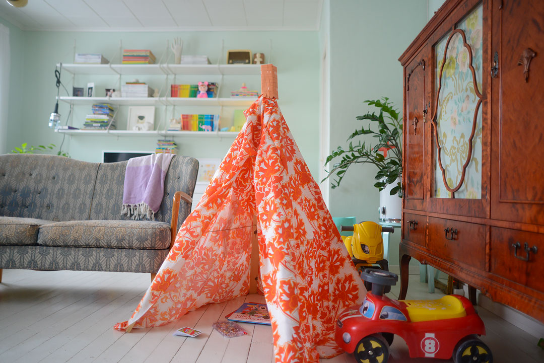 DIY playtent for the kids