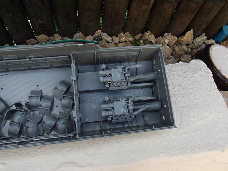 Combat Boat CB 90 Tiger Model 1/35 figurines scratch 42482495634_915ebd528f_c