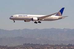 N36962 UNITED 787 LAX