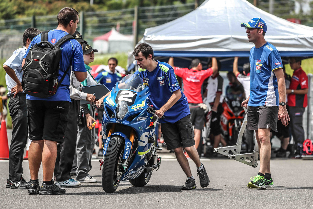 8,Hours,Suzuka,2018,EWC,Suzuki Endurance Racing Team,Vincent PHILIPPE,Etienne MASSON,Gregg BLACK