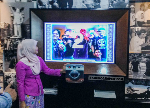 museum diorama purwakarta foto virtual bareng kang dedi mulyadi - kadungcampur