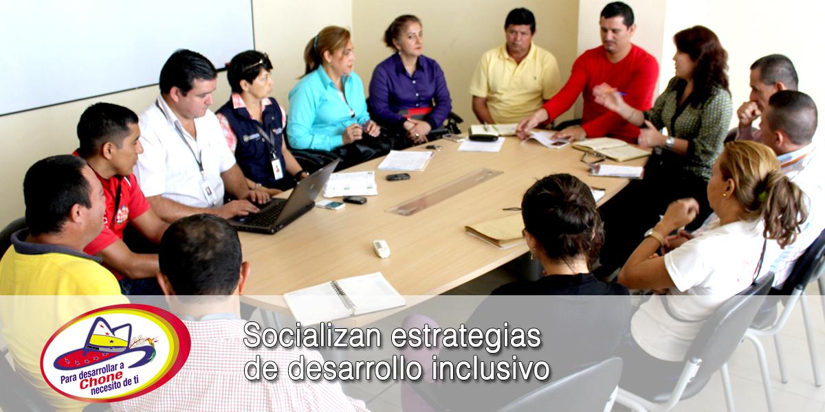 Socializan estrategias de desarrollo inclusivo