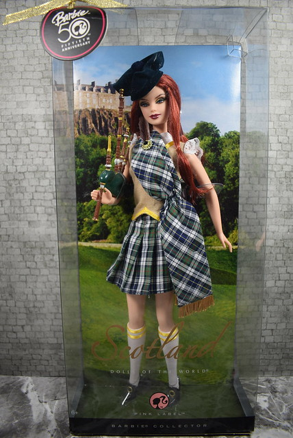 2008 Barbie 50th Anniversary Dolls Of The World Scotland N4973 (3)