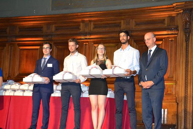 3 élèves du lycée Hector Guimard lauréats du concours général des métiers de la Fonderie félicités par le ministre de l'éducation nationale