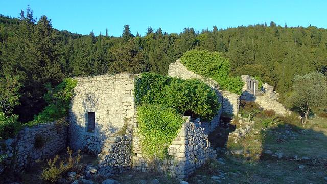 30_esperinos_monasthri_agiou_georgiou