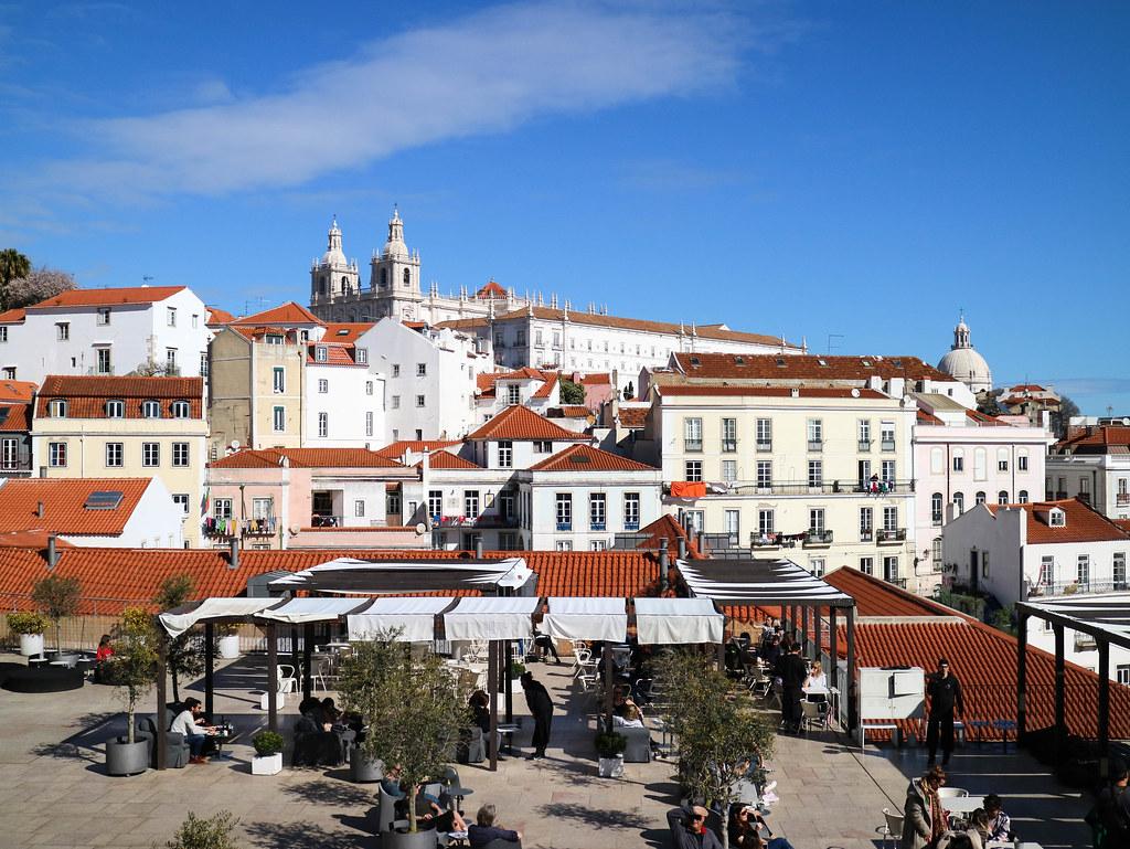 Mirador Portas do Sol en Lisboa