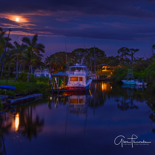fujifilm fuji gfx50s fujigfx50s fujinongf3264mmf4rlmwr mf mediumformat scenic landscape waterscape nature outdoors sky clouds colors reflections fullmoon boats fishing palmcity florida southeastflorida martincounty manateepocket stuart
