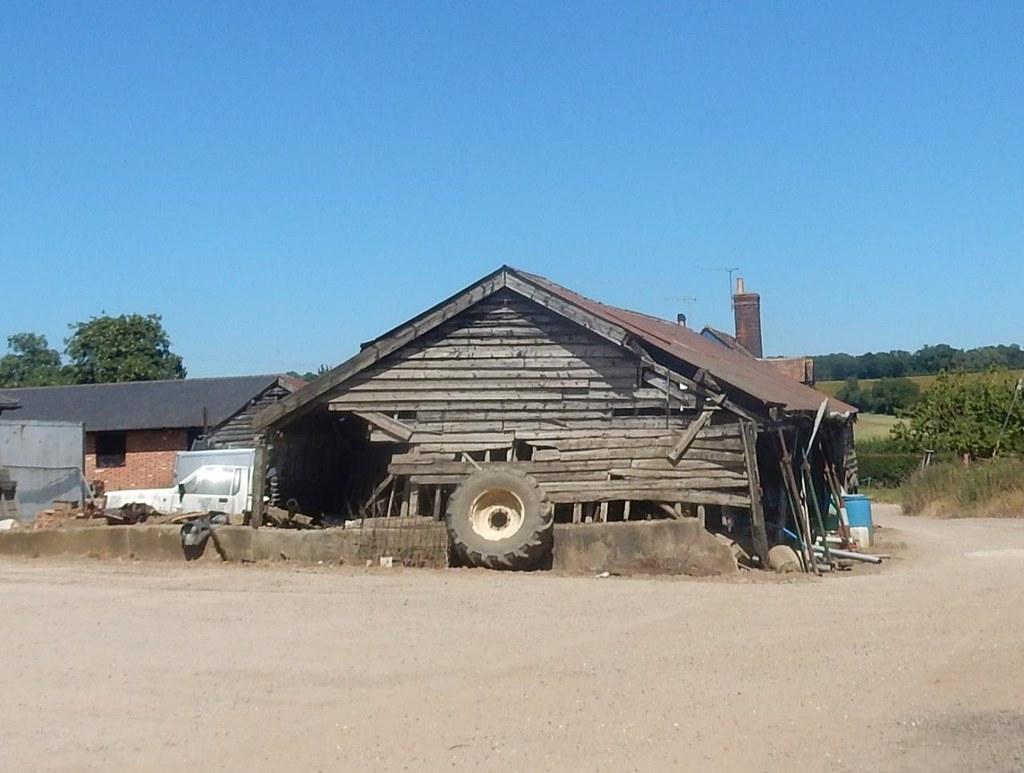 Old barn, New Farm. Wendens Ambo Circular