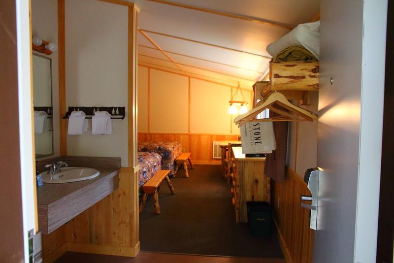 IMG_1037 Canyon Lodge Western Cabin