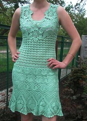 what a delicate and charming dress I loved this crochet point very beautiful model Good Morning 😙