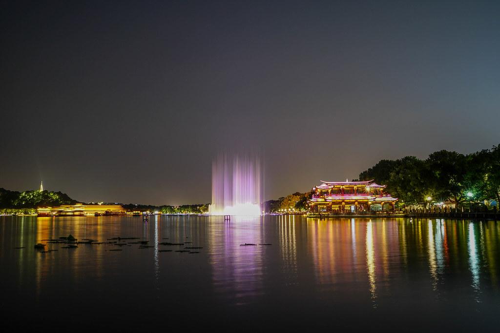 西湖水舞夜景1