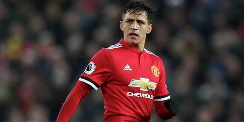 Alexis memamerkan gaya baru untuk musim baru