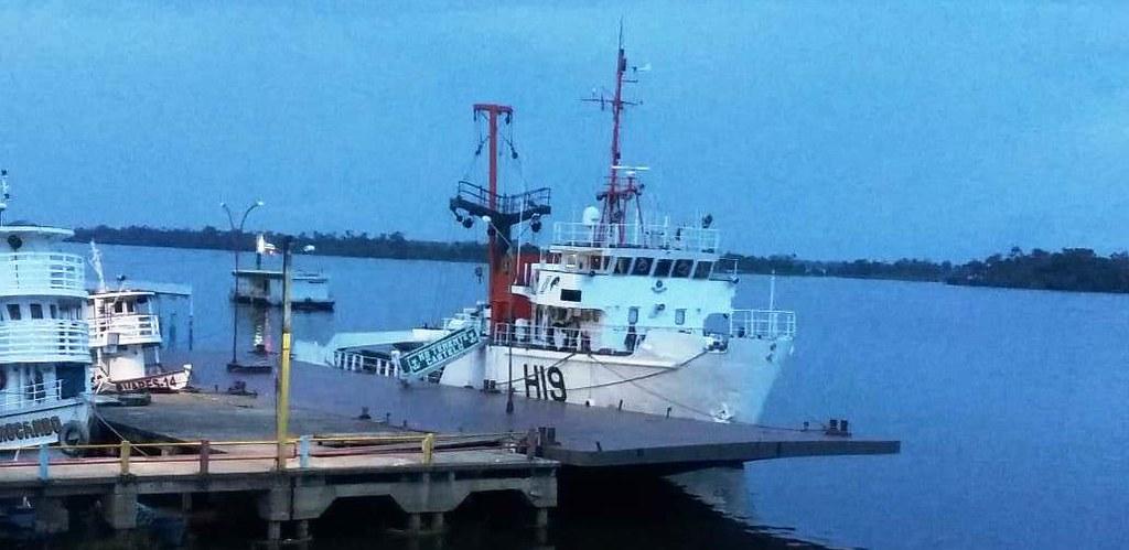 Navio balizador da Marinha faz levantamento da profundidade dos rios na região, navio da marinha em Oriximiná